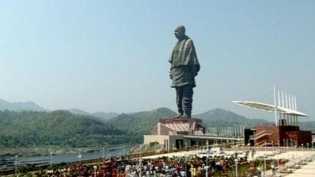 Estatua de la Unidd